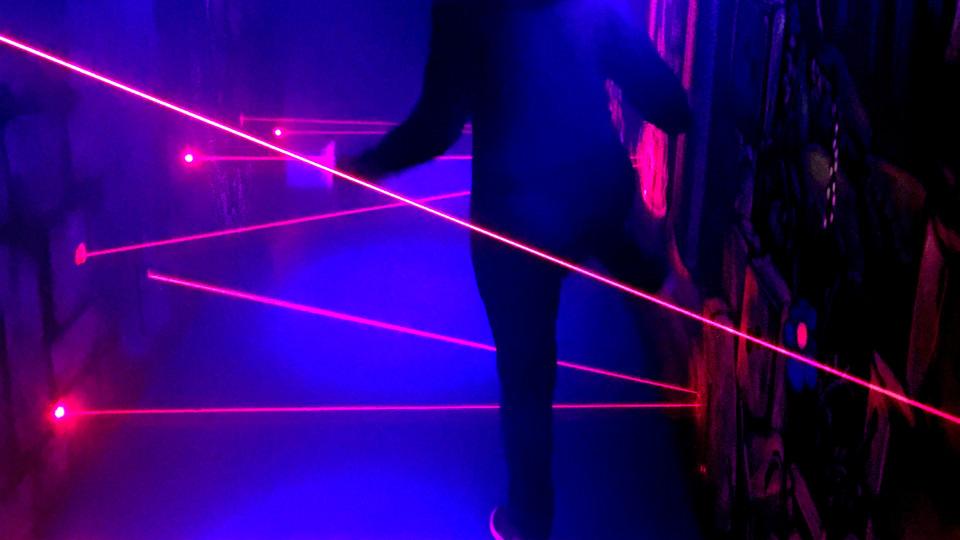 blackbox-laser2